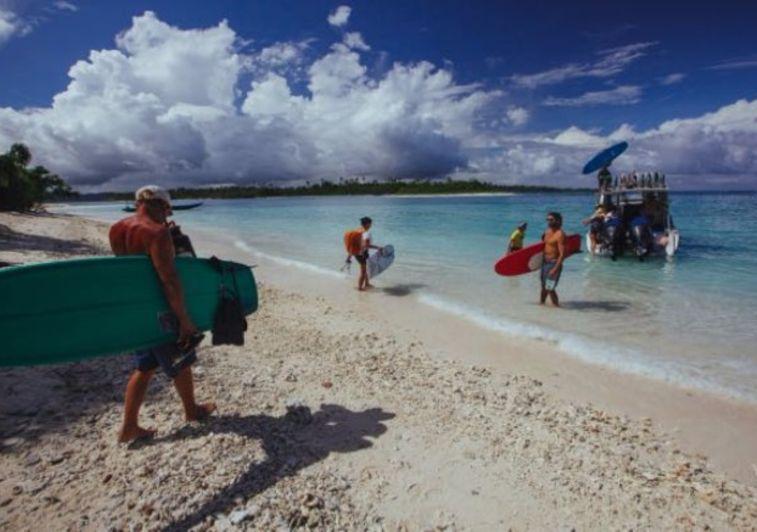 Togat Nusa Retreat surf resort Mentawai