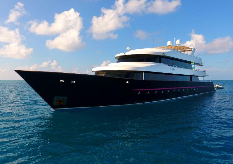Azalea surf charter maldives
