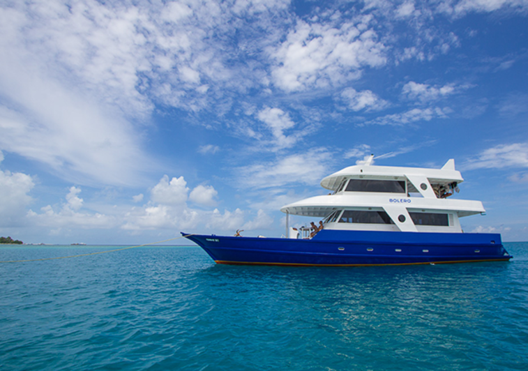 Bolero surf charter maldives