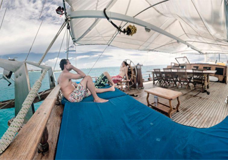 Felicity surf charter maldives
