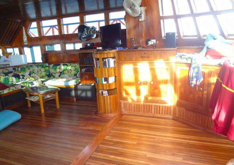 hope cruiser surf charter maldives