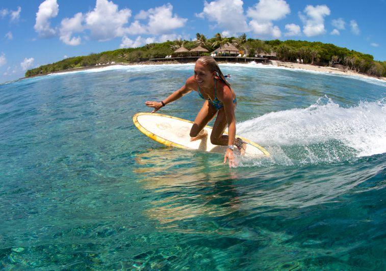 Hudhuranfushi surf resort Maldives