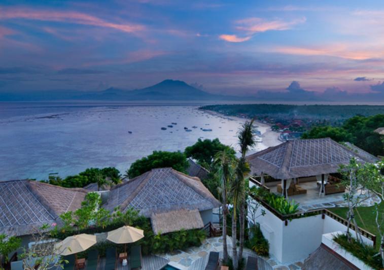 Batu-Karang-Nusa-Lembongan Bali Indonesia