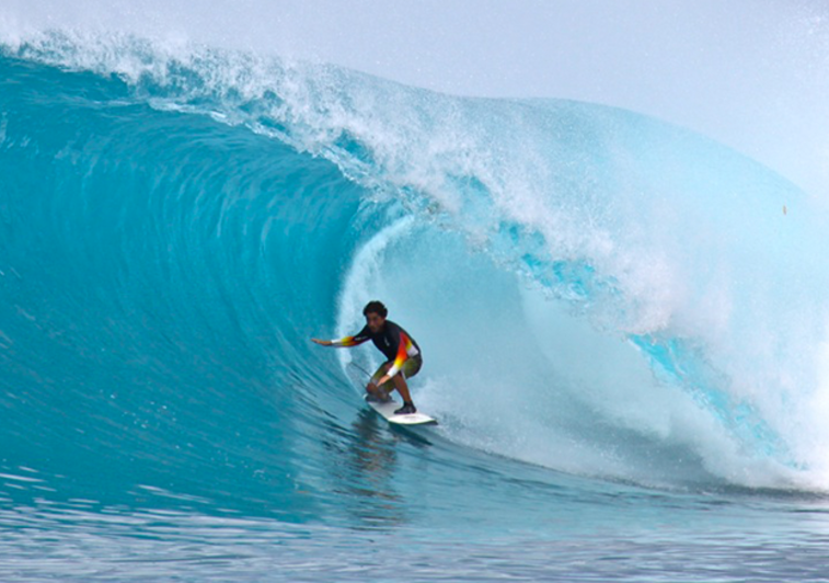 Botik surf resort mentawai indonesia