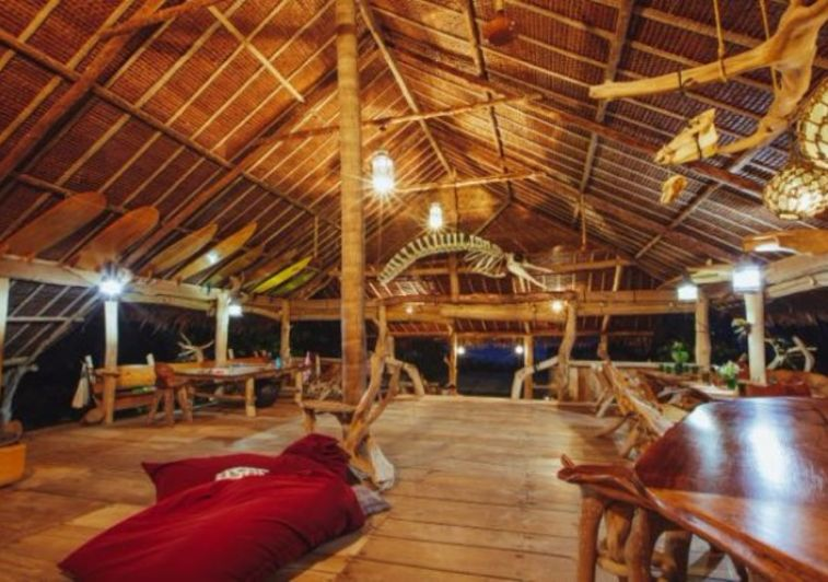Togat Nusa Retreat surf resort Mentawai
