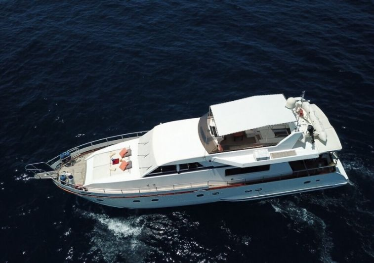 Fascination surf charter boat maldives